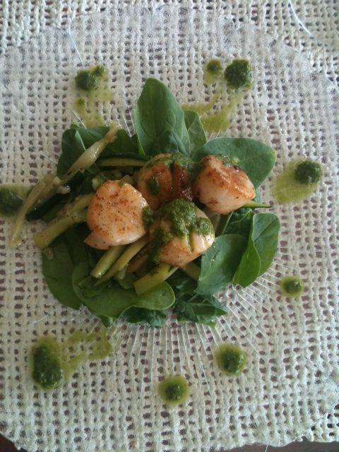 Scallops and Cilantro Chutney